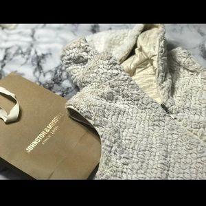 Johnston & Murphy Reversible Faux-Fur Hooded Vest